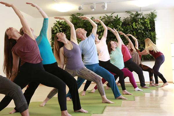 Yoga in Wien erlernen: AnfängerInnen-Kurse alle 2-3 Wochen!
