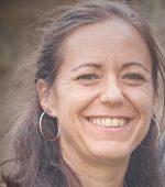 Tina Eitzenberger-Sedelmaier unterrichtet unter anderem im FREIRAUM-Institut Yoga in Wien